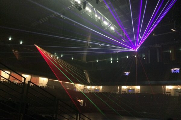 Show Schmeling Halle