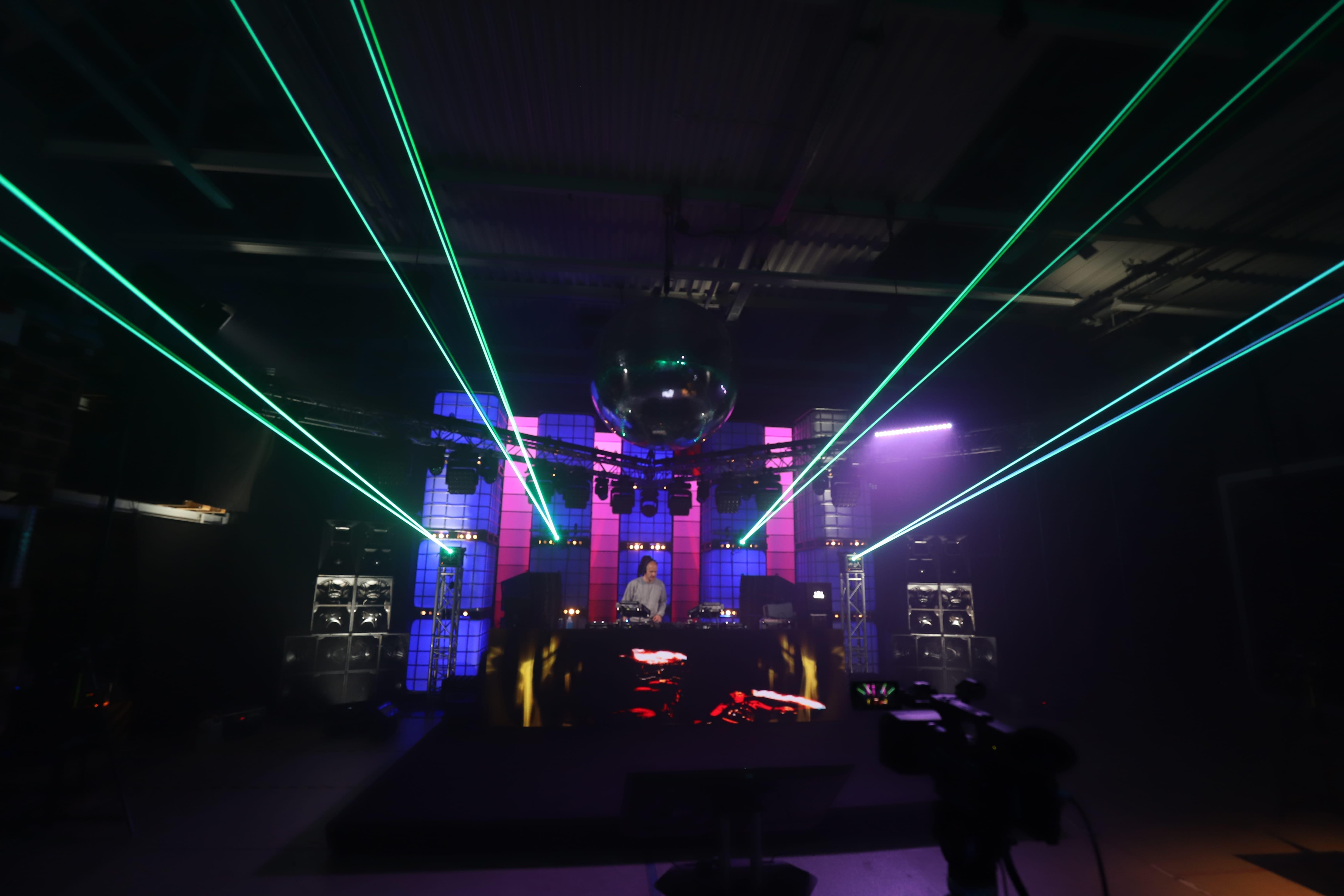 Laser bei B Musik
